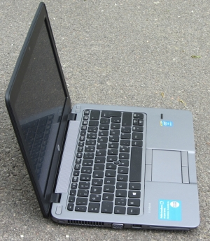 Laptop HP Elitebook 820 G2 Core i5-5300U/ 4 GB RAM/ 120 GB SSD/ Intel® HD Graphics 5500/ 12.5